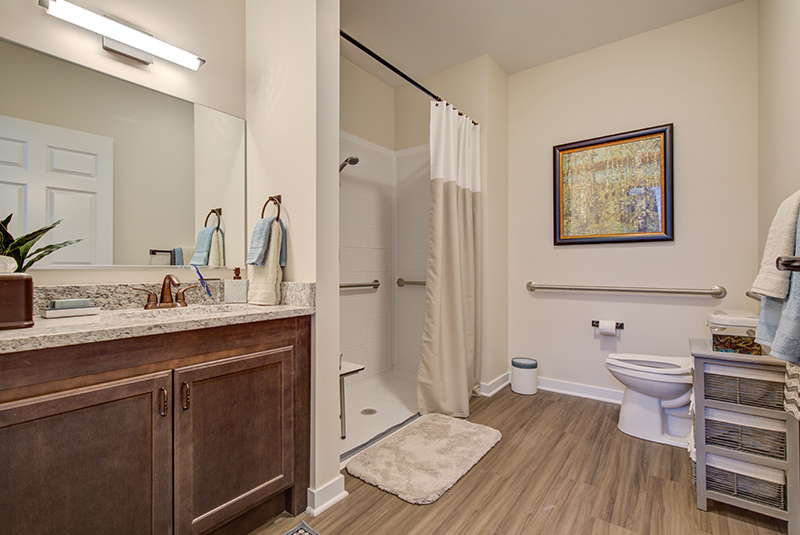 1-BR-Bathroom.jpg