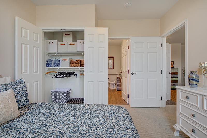1-BR-Bedroom-Closet.jpg